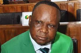 Report de l'examen du dossier du député Yempabou: Les préalables de la commission des lois