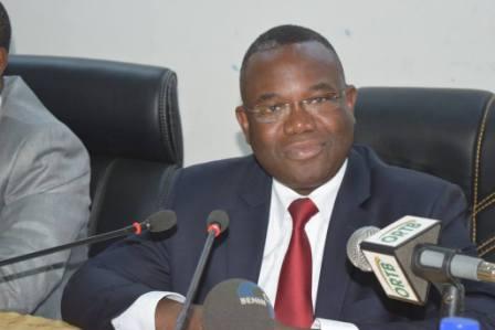 Le ministre de l'Energie et des Mines, Dona Jean-Claude HOUSSOU