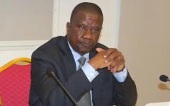 Le ministre Serge Ahissou aux députés : « D'ici les heures qui suivront,  vous constaterez que le ciment est vendu au prix normal habituel.. »