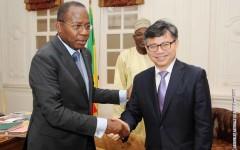 Diplomatie parlementaire : Deux Ambassadeurs étrangers au cabinet du président Houngbédji