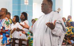 Messe d'actions de grâce à la Cathédrale de Porto-Novo : Louis G. Vlavonou et le MCCPP sollicitent la bénédiction du Christ pour les Institutions de la République